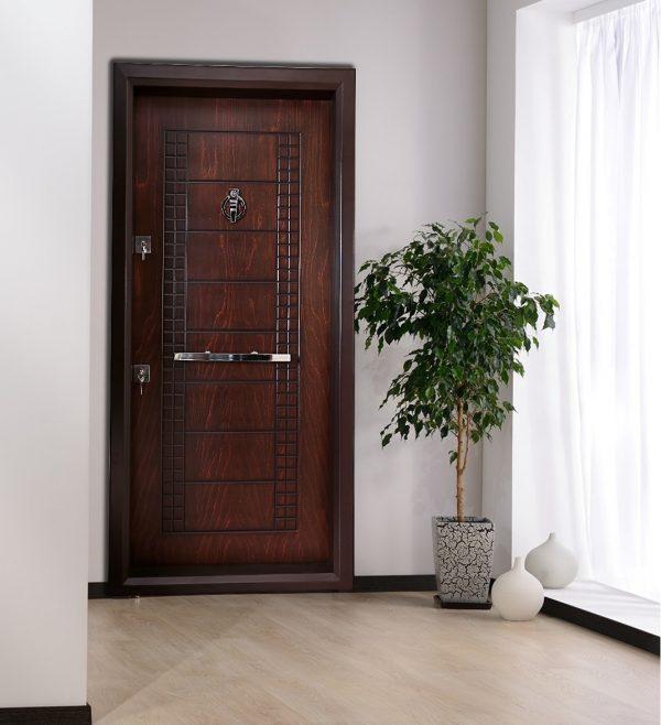 درب ضد سرقت A507 در حالت نصب در خانه و آپاتمان