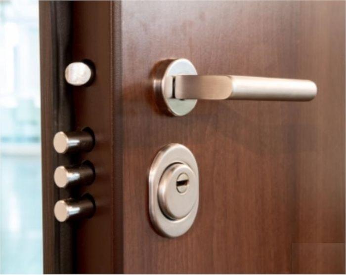 تعویض درب ضد سرقت در خانه تکانی
